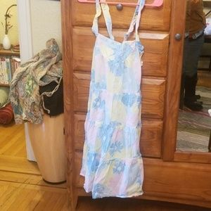 Adorable lux (urban outfitters) med.floral dressme